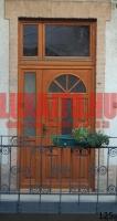 Kétszárnyú, napsugár mintás bejárati ajtó Budapest V. kerület